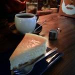 ジャズの流れる喫茶店