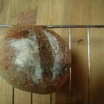 いちごパン